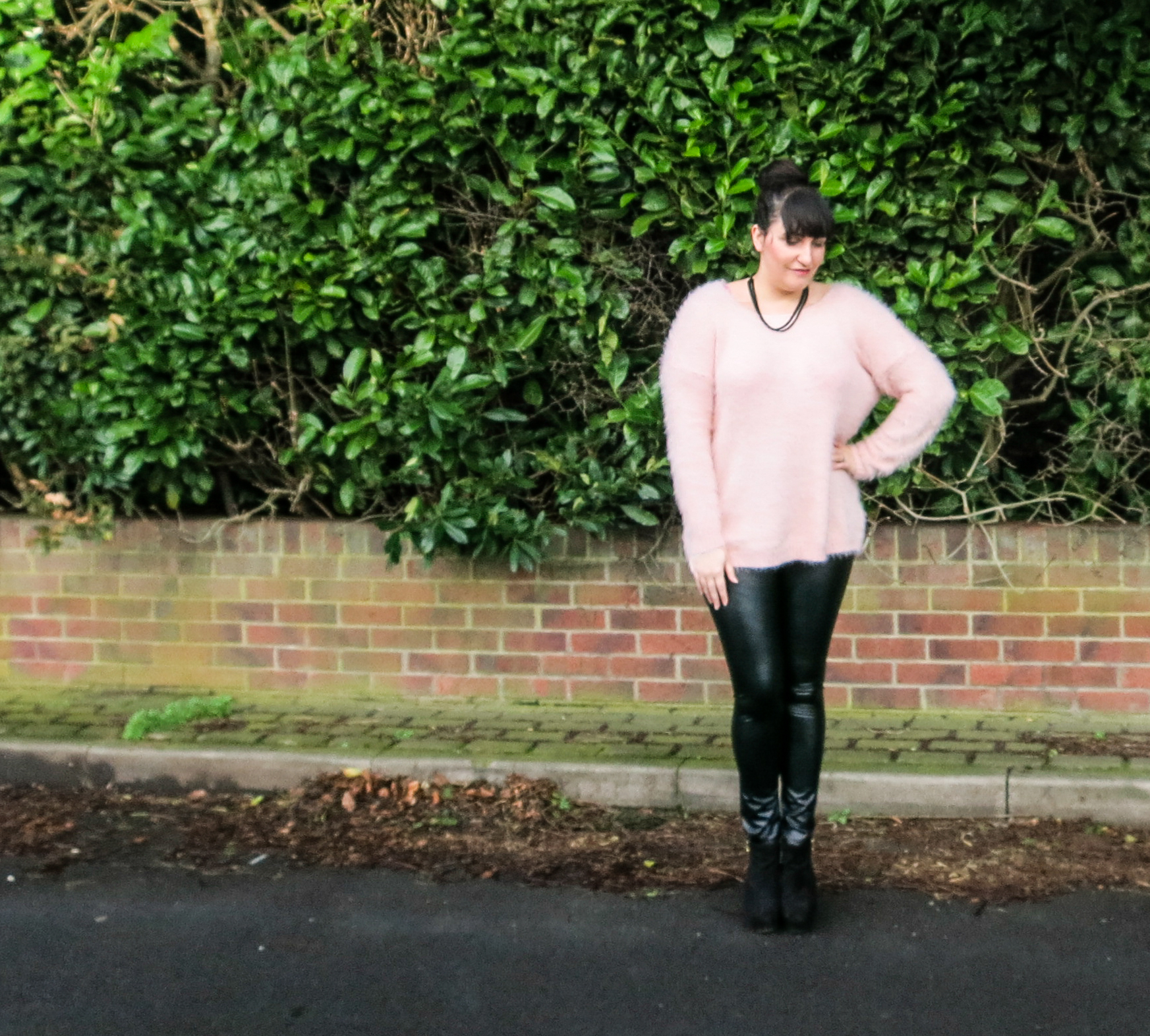 Fluffy jumper with wet look leggings