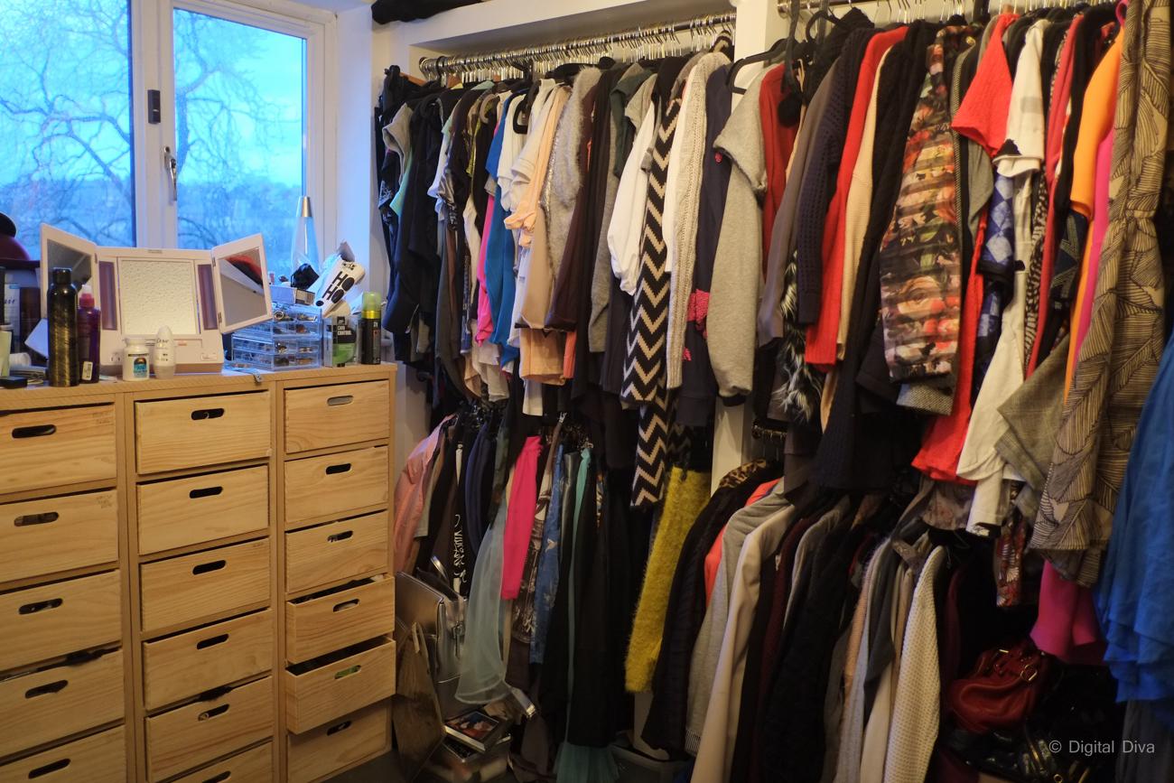 A Peek Into My Dressing Room Digital Diva On Tumblr