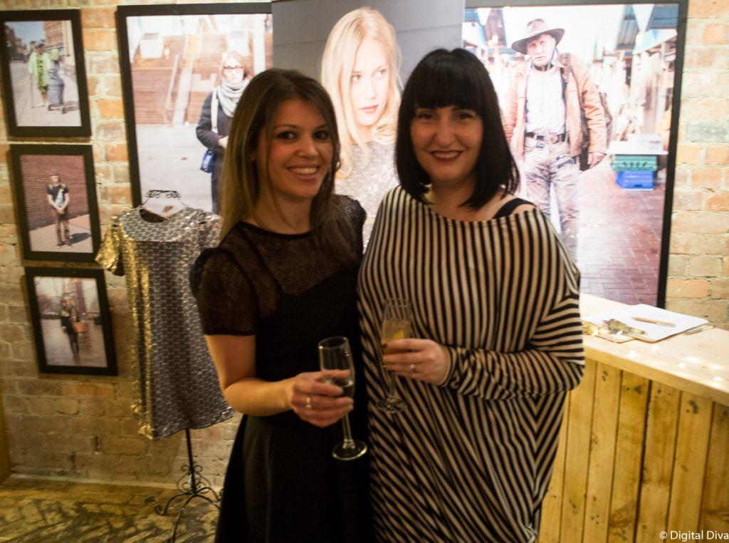 Fashion Bloggers Digital Diva & Jen
